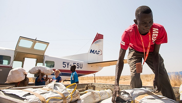The MAF Caravan arrives in Renk for Medair with a new supply of medicines. Medair has an office in the town of Renk, a volatile region in the far northeast of South Sudan near the Sudanese border. MAF flies Medair to Renk once a week. The flight takes 3 hours each way.