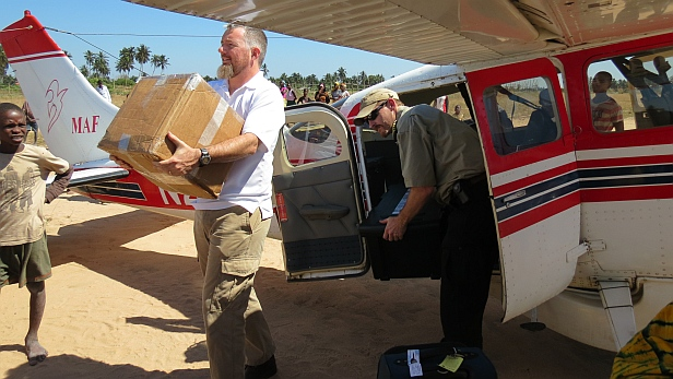 MAF supply delivery to NTM missionaries in Mozambique. Photo by Jill Holmes