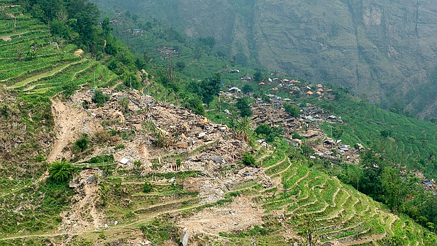 Homes destroyed by the Nepal earthquake, enroute to Jharlang. Photo credit: MAF/LuAnne Cadd