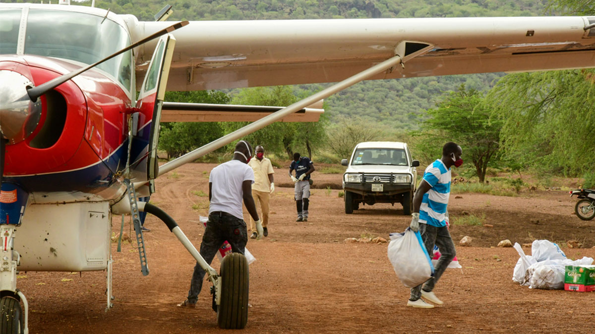 Crucial cargo during coronavirus is transported to Kuron by MAF Pilot, Wim Hobo